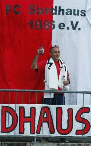 Trainer Josef Fabing hat einen großen Auftritt.